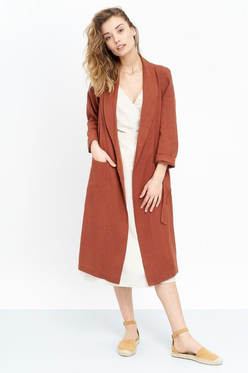 JF_SS19_Lookbook_Prema_Coat_terracotta_Juleah_Dress_white_1.jpg